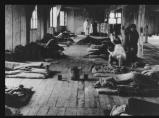 une baraque du camp des femmes...